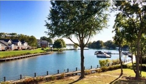 Harborside-Waterfront-Condos-in-Cornelius-NC-Lake-Norman